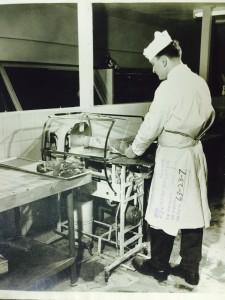 1955 Bunn Meat Tyer